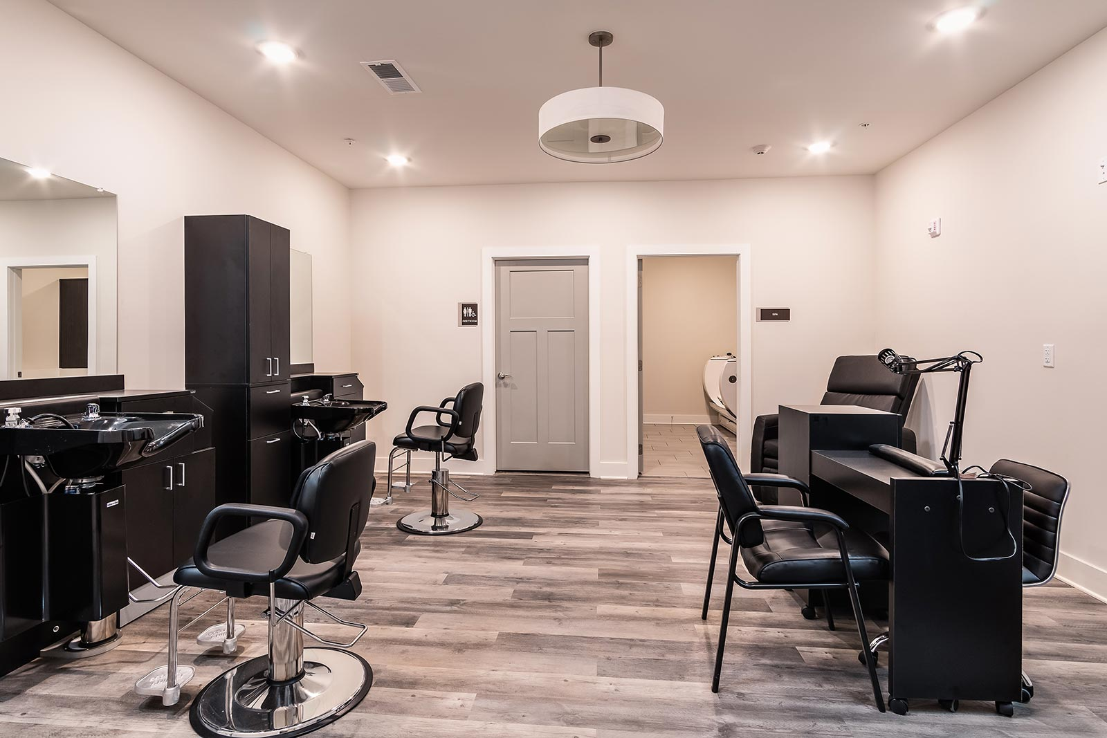 On-site Beauty Salon And Barber Shop In Our Warner Robins GA Assisted Living And Memory Care Community